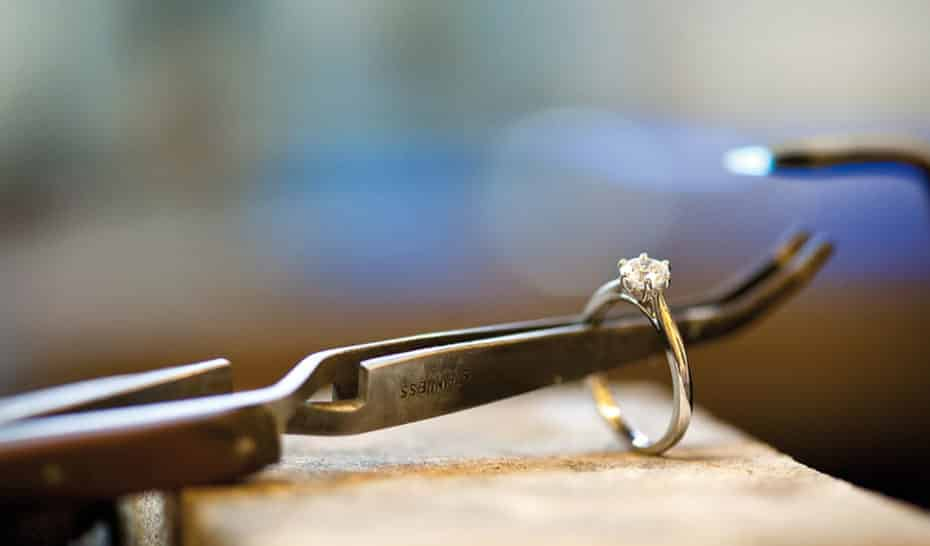 single stone diamond repair